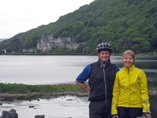 Chris and Susan biking across ireland